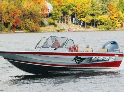 Known for its precision handling and smooth dry ride, this boat is choice for those who never want to miss a day on the water, despite the weather conditions. Turn a blow day into a productive one.