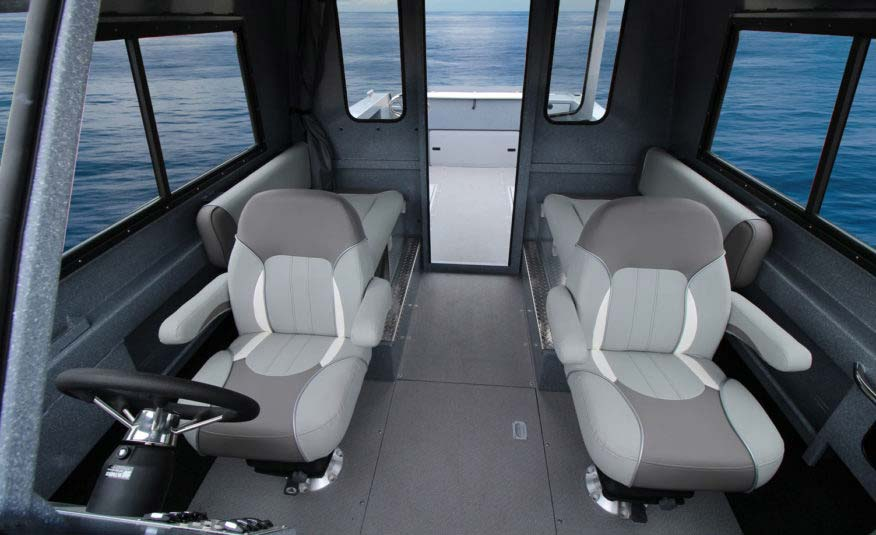 "Treat your friends to a comfortable and safe boating experience with 42"" bench seats and Rivermaster seats with Ultra Smooth Moves suspension"